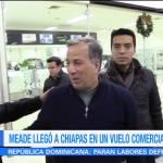 José Antonio Meade y su esposa, Juana Cuevas, llegaron a Chiapas en un vuelo comercial para arrancar la precampaña a la Presidencia de la República por el PRI