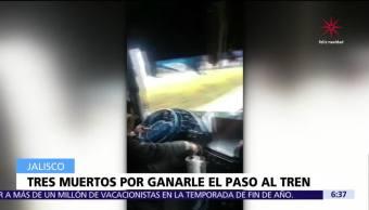 Autobús del equipo 'Rayados de Altamira' fue embestido por un tren