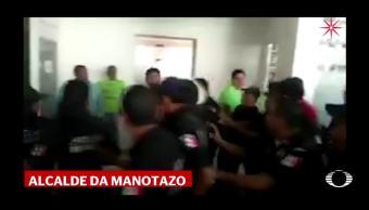 Alcalde de Tecomán Colima agrede a un empleado del Ayuntamiento