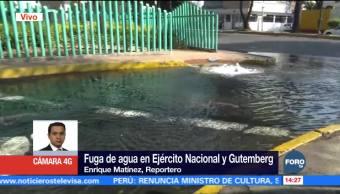 Fuga de agua en Ejército Nacional en la CDMX