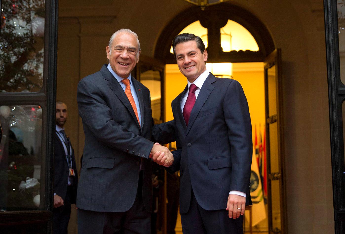 Enrique Peña Nieto inicia gira de trabajo en Francia