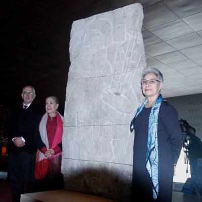 Museo de Antropología exhibe el Bajorrelieve de Xoc, sustraído de México hace 40 años