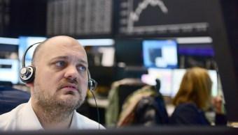 Las acciones tecnológicas se hunden en Europa; títulos de minería suben