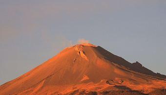 Volcán Popocatépetl emite 196 exhalaciones de baja intensidad