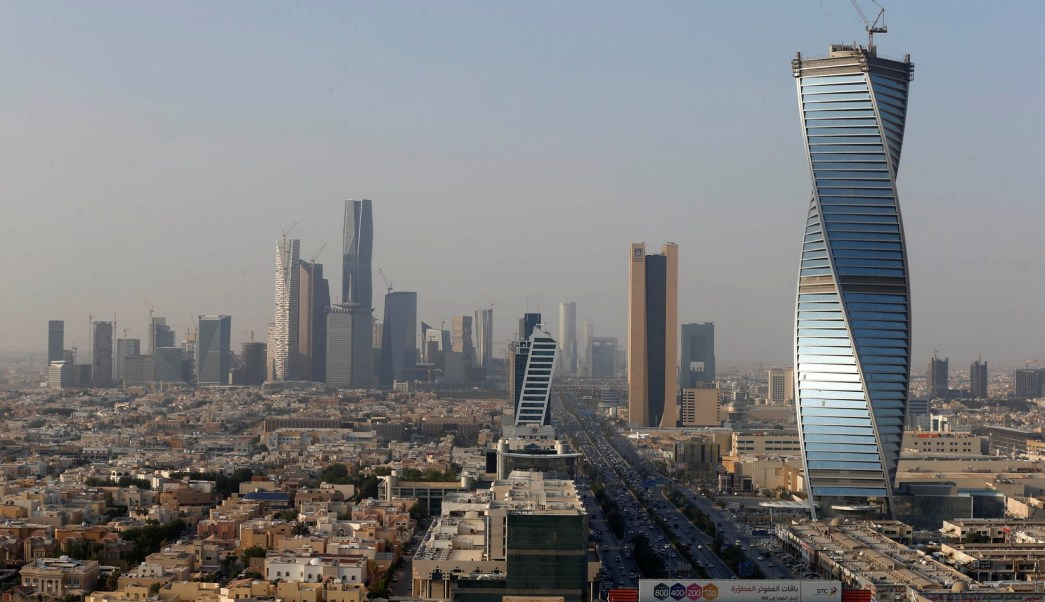 Arabia Saudita intercepta un misil balístico en Riad