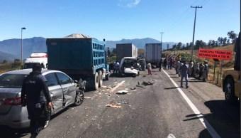Accidente múltiple deja un muerto en autopista Puebla-Orizaba