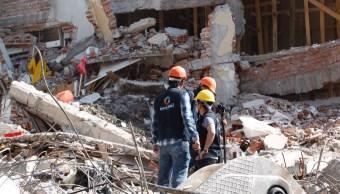 Avanzan trabajos de demolición de predios en la Del Valle