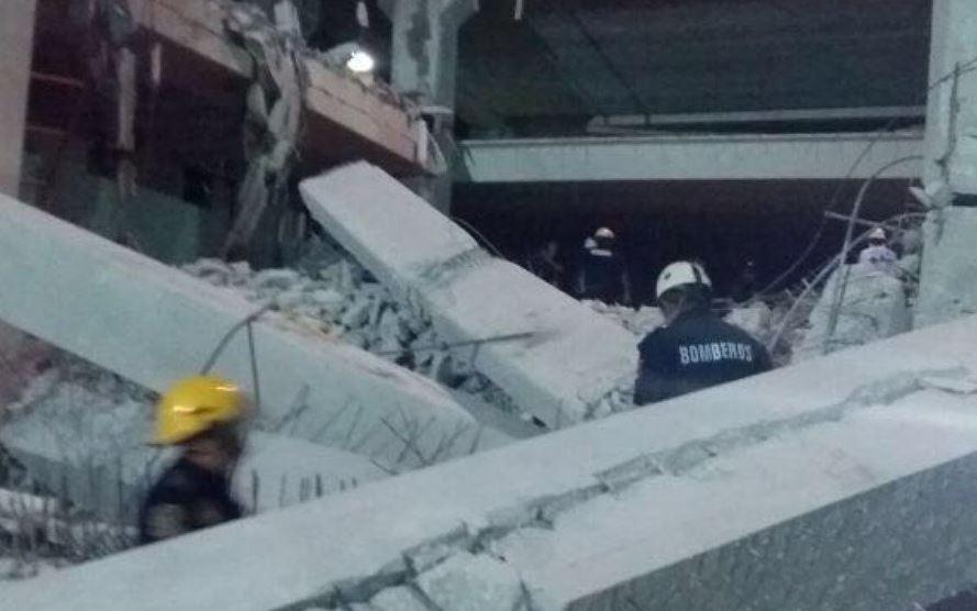 Se derrumba edificio en Yucatán, reportan tres muertos