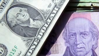 El dólar se vende en 19.24 pesos