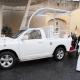 Regalan al papa uno de los papamóviles que usó en México