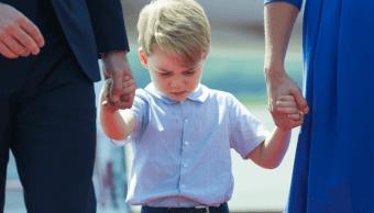 Comparece británico acusado de facilitar a terroristas datos del príncipe Jorge