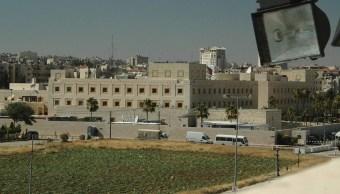 Embajada Estados Unidos Jordania suspende servicios protestas