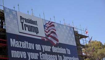 Trump posterga decisión cambiar embajada Estados Unidos Israel