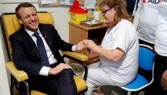 Presidente de Francia se hace la prueba del Sida