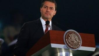 Enrique Peña Nieto manda manseja de Año Nuevo vía Twitter