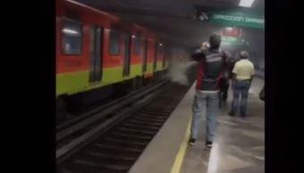 línea 8 del metro en la ciudad de méxico