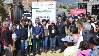 damnificados delegación magdalena contreras reciben tarjetas reconstruir sus viviendas