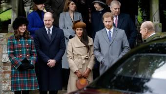 Meghan Markle se une a familia real en festejo de Navidad