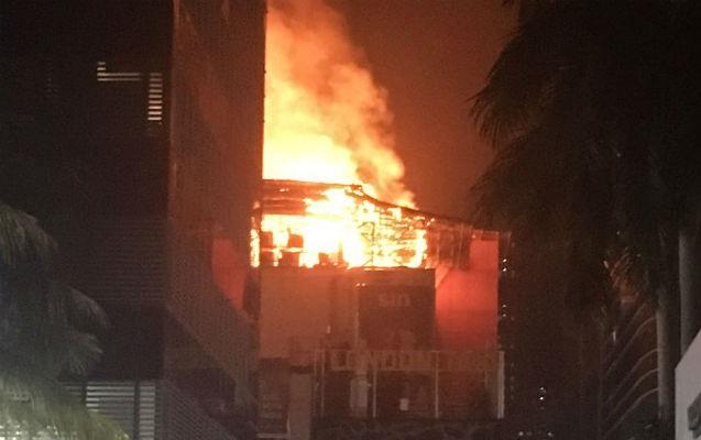 India: Al menos 15 muertos en un incendio en Bombay