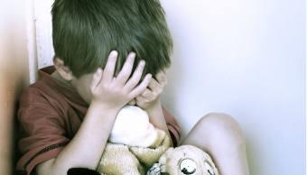 niño-sufre-triste-maltrato