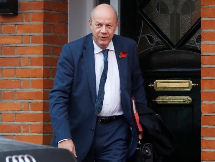 Dimitió viceprimer ministro británico por escándalo sexual