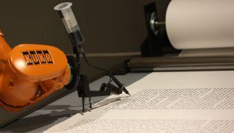robot-escribir-escritura-luteratura-robot