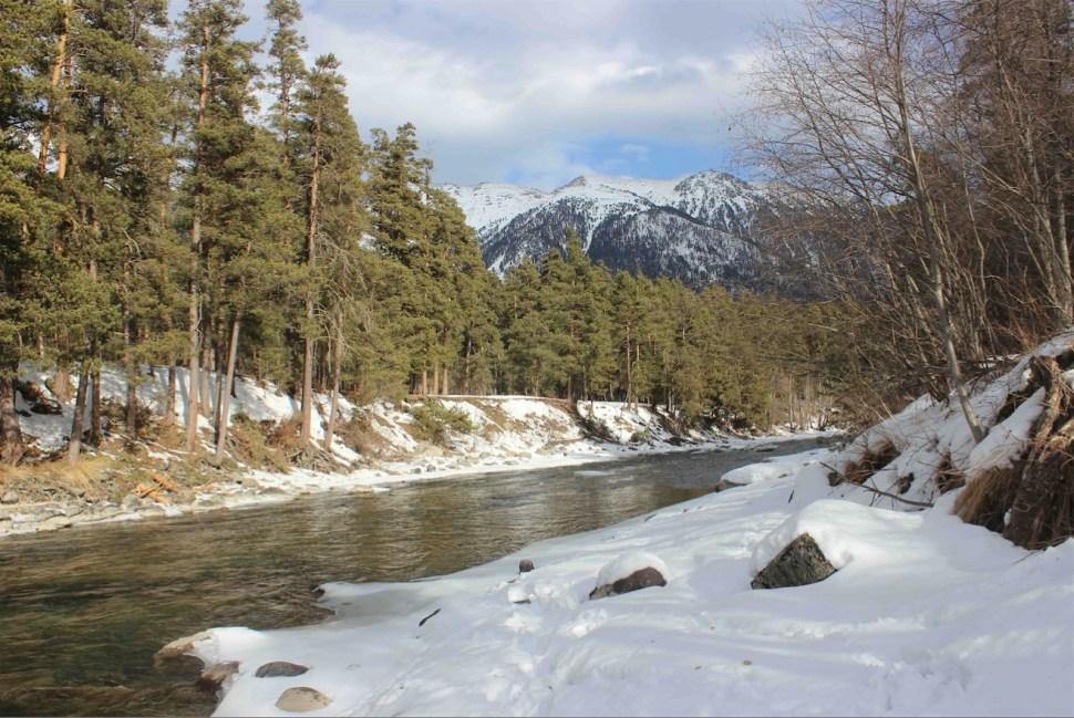 Ecologismo en las experiencias Socialistas. Rusia-montanas-bosques-rio-naturaleza-ecologia
