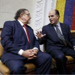 Venezuela declara no gratos a embajador de Brasil y diplomático canadiense