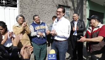 Salomón Chertorivski inicia precampaña recorriendo calles de la CDMX