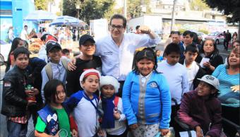 Chertorivsky comparte propuestas a vecinos en Azcapotzalco