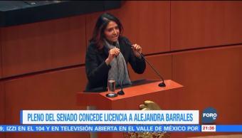 Senado concede licencia a Alejandra Barrales