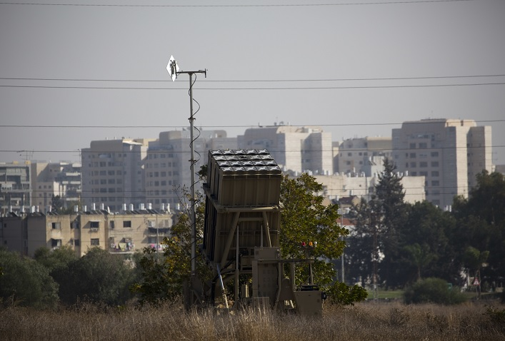 Sistema antimisiles israelí intercepta cohete disparado Gaza