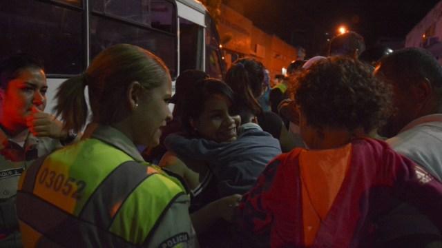 opositores venezolanos celebran excarcelaciones y piden acabar tirania