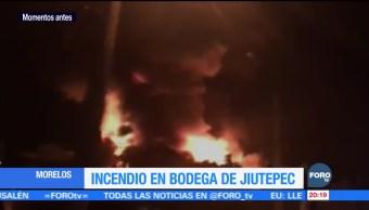 Se registra incendio en bodega de tapicería de Morelos