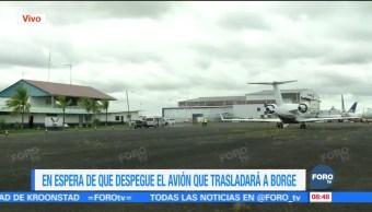 Roberto Borge llega a base aérea militar de Panamá para extradición