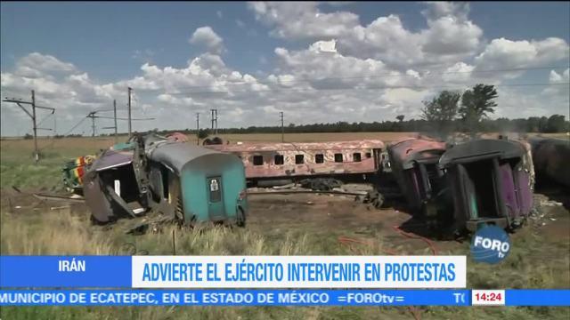 Tren choca contra camión que intentó ganarle el paso en Sudáfrica