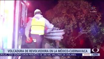 Revolvedora vuelca en la Autopista México-Cuernavaca