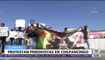 Marchan periodistas en Chilpancingo por agresiones en contra de seis reporteros