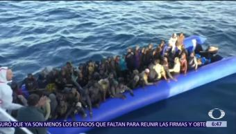 Desaparecen casi cien migrantes tras naufragio frente costas de Libia