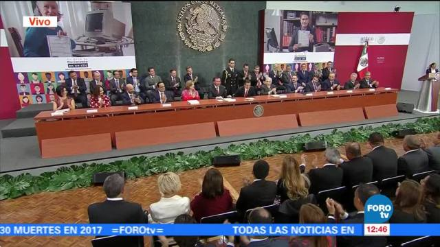 "Aplauden presentación de Osorio Chong en evento ""Tu acta de nacimiento en línea"""