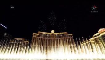 Drones ejecutan show de luces en Las Vegas