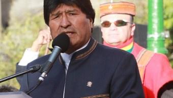 Evo Morales critica 'racismo y belicismo' de Trump