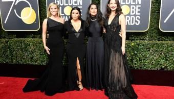 Famosos protestan vestidos de negro en Globos de Oro contra acoso sexual