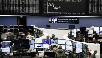 Las acciones europeas cierran con alzas por fusiones