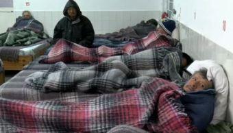 Albergue de Cruz Roja en Monterrey se llena ante bajas temperaturas