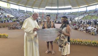 Papa denuncia la opresión de indígenas de Amazonia por interés económico