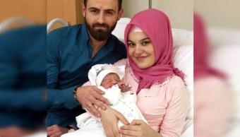 Se desata xenofobia en Austria por nacimiento de bebé musulmán