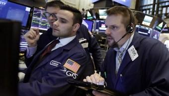 Wall Street cierra tres nuevos récords