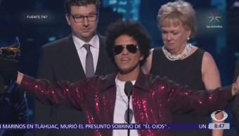 Bruno Mars triunfa en los premios Grammy