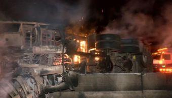 Chofer de tráiler muere calcinado en el libramiento Guadalajara-Tepic